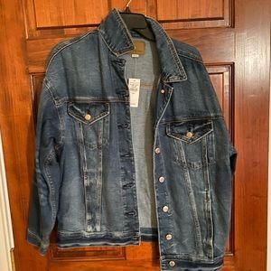 Oversized denim jacket! Denim washed